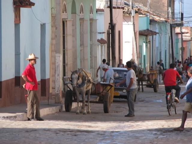 cuba-street-view-Trinidad